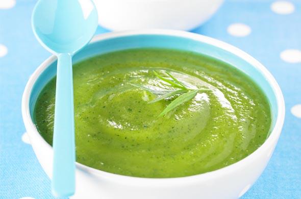 Recette de bouillon de légumes et de courgettes pour bébé