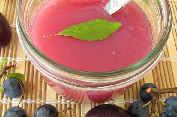 Dessert prune et poire pour bébé dès 9 mois