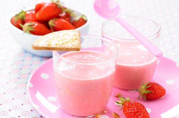 Goûter aux fruits rouges et laitage