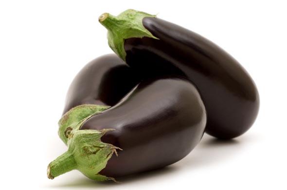 l aubergine cuisine de b b. Black Bedroom Furniture Sets. Home Design Ideas