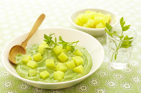 recetas bebés Caliente y frío de patata, queso blanco y aguacate