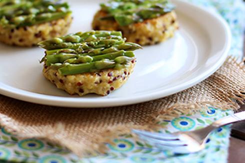recette-bebe-Galettes de quinoa-boulgour aux asperges