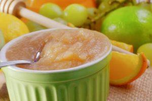 Compote pomme-raisin