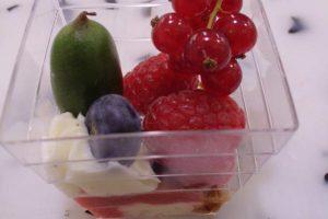 Verrine de crème vanillée aux spéculoos et fruits rouges