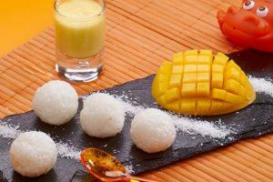 Bouchées de riz au coulis de mangue