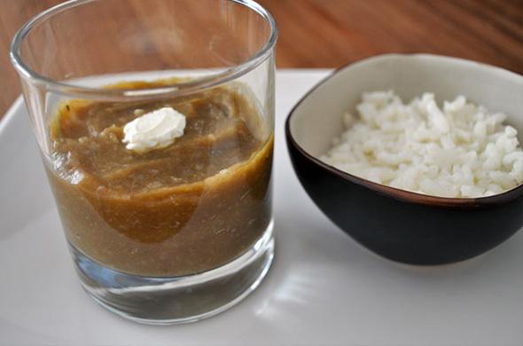 Purée exotique à l'aubergine, rhubarbe et lait de coco