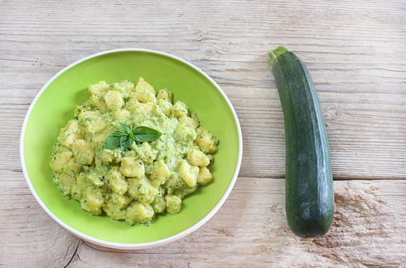 Raie au beurre et petites pommes de terre aux courgettes