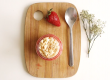 Yaourt vanille, coulis de fraise et émietté de boudoir